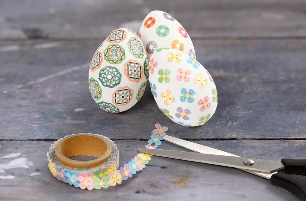 Påskägg: Ägg med washitejp till påsk