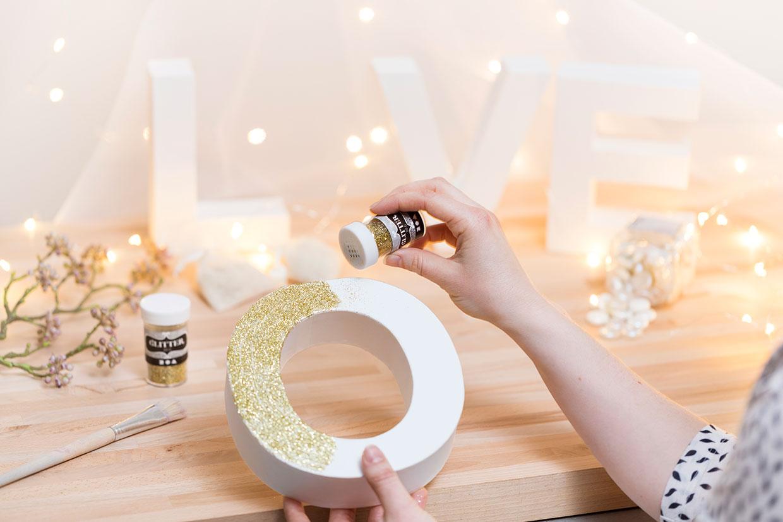 576ccfd69fbd Kreativa bröllopsdekorationer som du kan göra själv - CChobby Blog