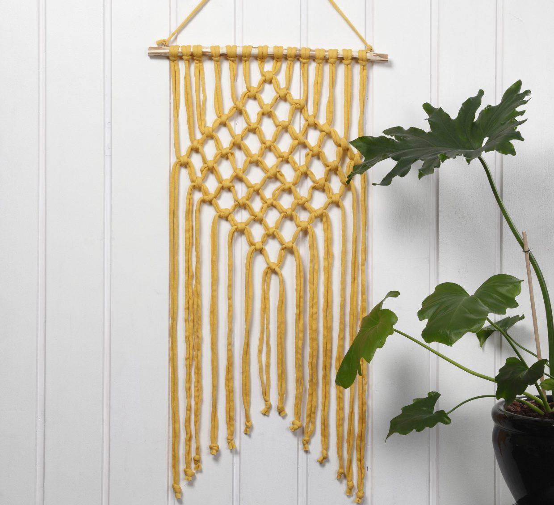 Kreativa idéer med garn - virka, sticka, brodera med punch needle, DIY väggbonader